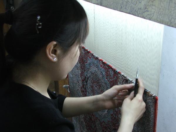 Razboj za tkanje svilenog tepiha